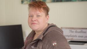 En kvinna som heter Maria Söderholm.