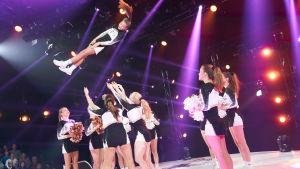 Cheerleading-gruppen Brilliance under finaldagen av MGP 2018.