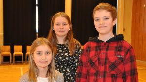 Saga, Ava och Oscar medverkar alla i skoloperan Djurens palnet.