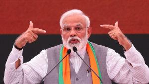 Indiens premiärminister Narendra Modi och hans BJP är förhandsfavoriter inför valet