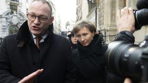 Ben Emerson och Marina Litvinenko i London.