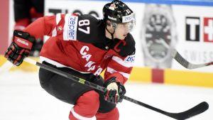 Sidney Crosby gjorde själv 3-0-målet i Kanadas finaluppvisning.