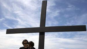 Protest efter en 12-årig pojkes död i samband med en polisoperation Rio de Janeiro.