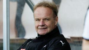 Juha Malinen är fotbollstränare.