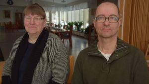 SFP-politikern Gunilla Starck och SDP-politikern Roy Hellén.