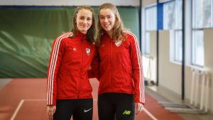 Viivi Lehikoinen och Nea Mattila, 2017.