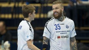 Teemu Tamminen och Benjamin Helander i handbollslandslaget