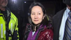 Huawei-chefen Meng Wangzhou i Vancouver på tisdagen då hon släpptes mot borgen.
