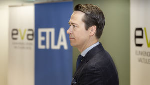 ETLA:n hallituksen puheenjohtaja Carl Haglund.