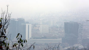 Sarajevo i Bosnien och Hercegovina insvept i smog