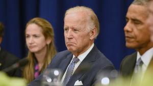 Biden förespråkade för en mer återhållsam och pragmatisk utrikespolitisk linje som president Barack Obamas vicepresident.