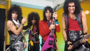 Kiss 1983 i Essen med Paul Stanley, Eric Carr, Vinnie Vincent och Gene Simmons.