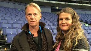 Niklas Wikegård och Marie Lehmann bevakar JVM i Helsingfors, 2015-2016.
