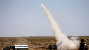 Ryssland provskjuter missilsystemet Pantsir under en övning i Augusti 2017.