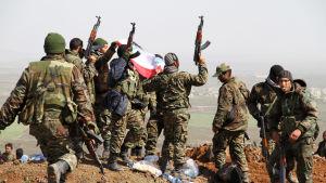 Syriska regeringsstyrkor har under de senaste veckorna ryckt fram i den sydvästra provinsen Daraa nära den jordanska gränsen