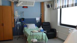 Förlossningssal på Lojo sjukhus.