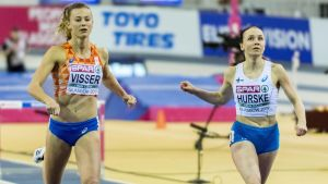 Nadine Visser och Reetta Hurske i farten.