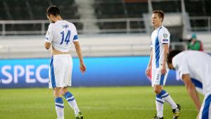 Tim Sparv och Niklas Moisander på planen efter en förlust.