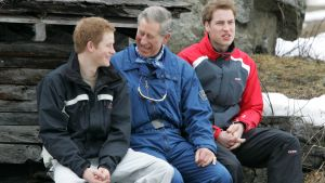 Prins Harry, prins Charles och prins William. Klosters 2005.