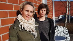 Veronica Lundqvist och Maria Isoaho är ledande socialarbetare i Kyrkslätt.