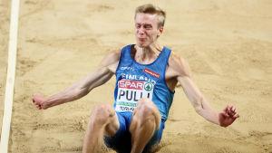 Kristian Pulli hoppar längd