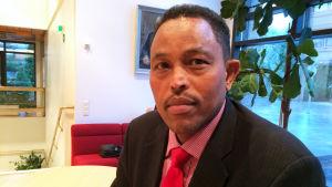 Ali Abdirahman, socialdemokrat i Esbo fullmäktige