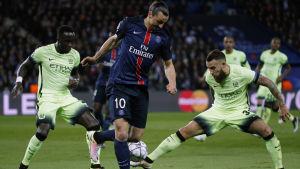 Zlatan och PSG möter Manchester City i Yles TV-match.