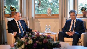 Rysslands president Vladimir Putin och president Sauli Niinistö på Gullranda den 1 juli 2016.