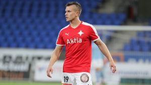 Aleksi Ristola i HIFK:s tröja