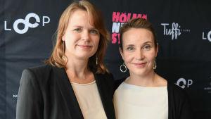 Selma Vilhunen och Kirsikka Saari, duon bakom filmen Hölmö nuori sydän.
