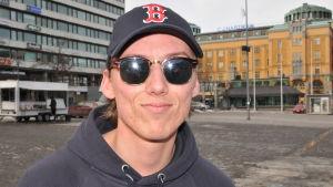 Mikael Wilhelmsson, studerande, på Vasa torg.