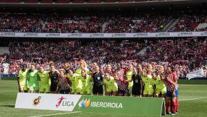 Atletico och Barcelona möttes inför drygt 60 000 ögonpar - världsrekord för klubbfotboll.