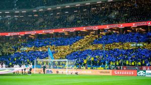 Matchen Sverige – Spanien sågs av en storpublik i Stockholm.