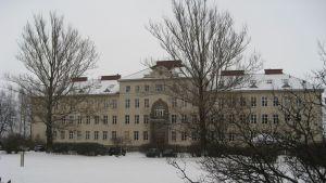 Huvudbyggnaden vid Ekåsens psykiatriska sjukhus.