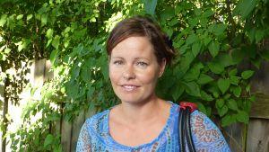 Kulturredaktör Camilla Lindberg på tidningen Västra Nyland.