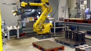 Industrirobot på metallföretaget Mapromec.