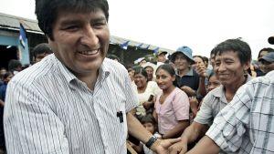 Evo Morales har utropat sig till segrare i presidentvalet