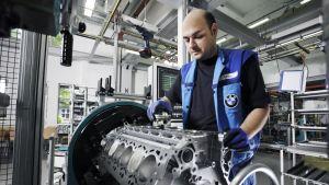12-cylindrig BMW-motor