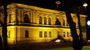 stadshuset i borgå by night