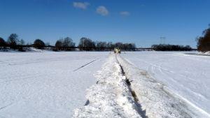 Issågning på Kyro älv.