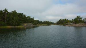 Gloskär hör till Skärgårdsmiljöstiftelsens naturskyddsområde sydost om Älgö.