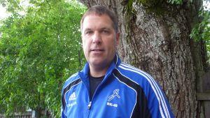 Jan Källman tränar BK:S handbollsherrar