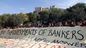 Demonstranter i Aten