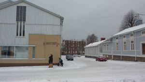 arbets- och näringsbyrån i Hangö hotas av stängning