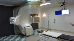 Den nya strålningapparaten vid Vasa centralsjukhus