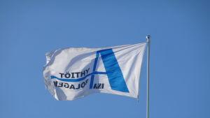 a-bolagens flagga med logo-typ