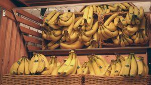 bananer i en butik