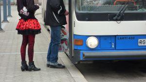 Busspassagerare i vasa