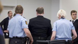 Anders Behring Breivik i rättssalen