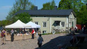 gamla rådhustorget i borgå sommartid